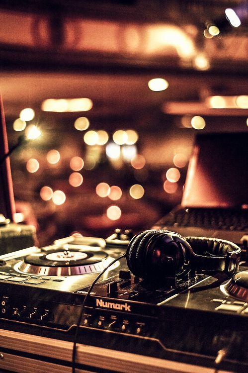Weekly music Youtube update  16 new tracks | Radio DJ Online